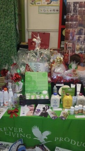 Christmas hampers contact me