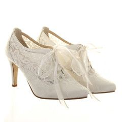 #weddingshoes #trousseaubridalshoes #bridalshoes  Heartbeat, Lace over Silk, 8cm heel. Check out www.trousseaubridalshoes.co.nz - worldwide shipping is available on our shoes, please contact us