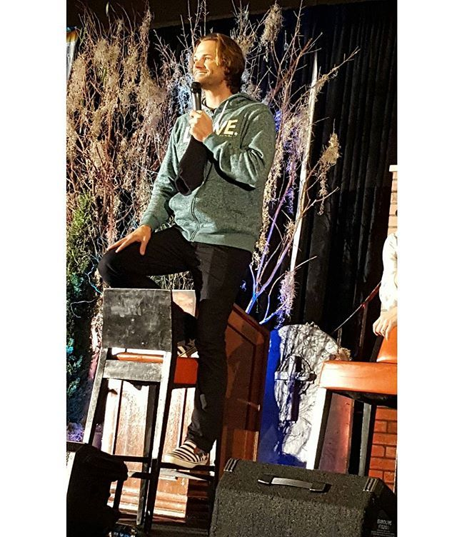 @the1clue: Yesterday :  Since Jared isn't tall enough.  And posting a pic that…
