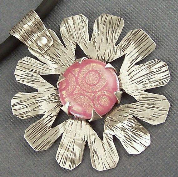 Rosa fundido dicroico de vidrio y plata esterlina colgante Posey uno de una…