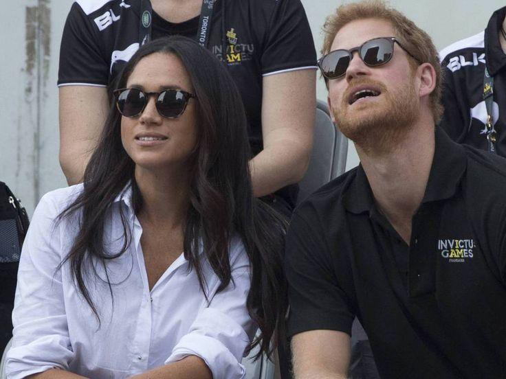 """Kaum ist die Verlobung von Prinz Harry und Meghan Markle offiziell verkündet, platzt die Freude aus den Liebsten der beiden förmlich heraus. Endlich ist die Verlobung zwischen Meghan Markle (36, """"Suits"""") und Prinz Harry (33) offiziell. Über den Twitter-Account des Kensington Palasts..."""