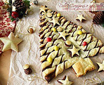 Albero di Natale di sfoglia e nutella, con video tutorial