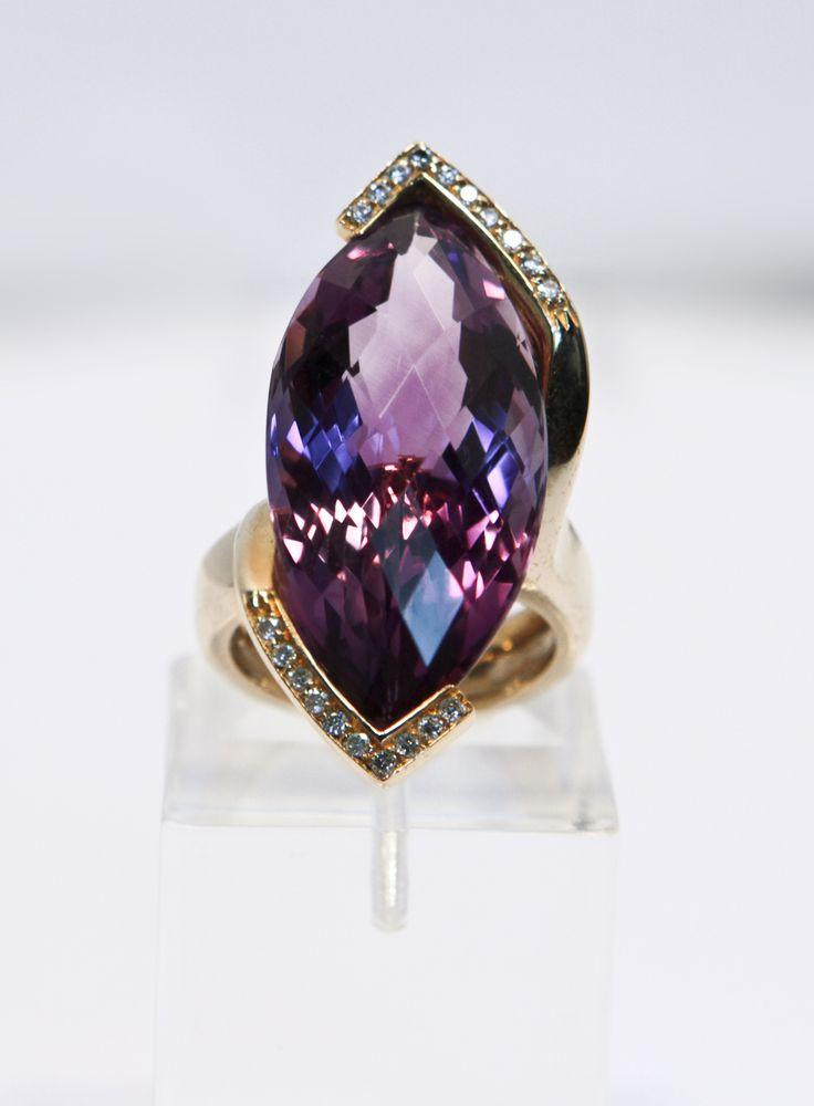 Anello Venezia .ametista viola taglio marquise incastonata in un anello in oro rosa 18Kt,con dettagli di brillanti. go-ti gioielleria Corinaldo. #goti #gioielleria #fantasy #rings #ametista #pietre #preziose #rings #jewels #idee #gioiello #gioielli