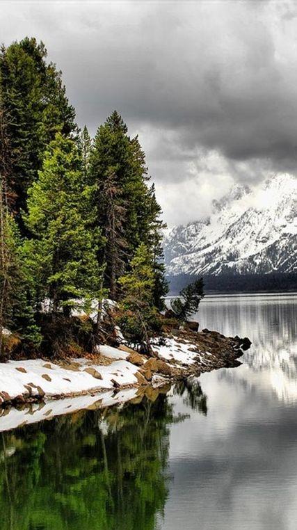 Jackson Lake in Jackson Hole, Wyoming • photo: David Killpack on 500px