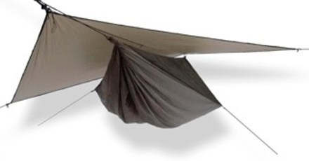 i should add the hennessy hammock to my hiking gear. so clutch!