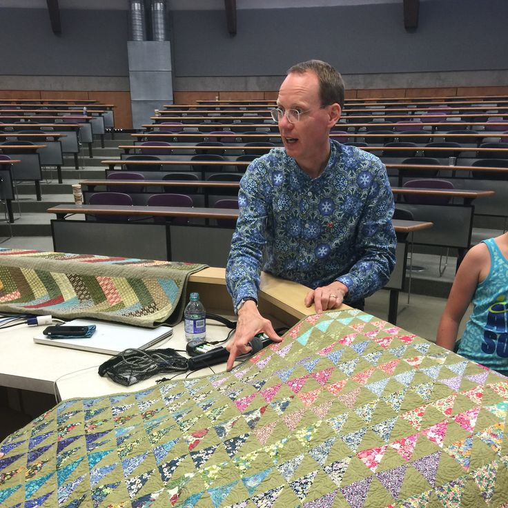 Bill Kerr gave a sold out lecture on modern quilting