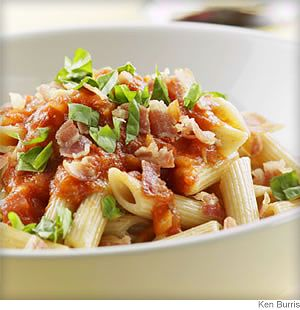 penne with vodka sauce and capicolaSauces Recipe, Eating Well, Easy Recipe, Tomatoes Sauces, Mediterranean Diet Recipe, Mail Sauces, Healthy Recipe, Pasta Recipe, Vodka Sauces