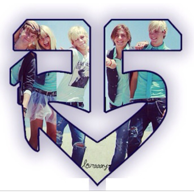 R5 fav band going to see them monday @kelly ells