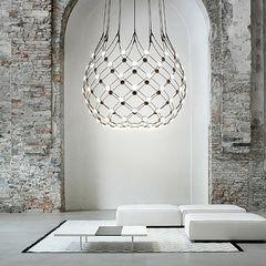 Lichtstudio Lichtdesign Leuchten · News & Trends · Meran Südtirol Italien | wow crown! | beautiful pendant | luceplan | mesh | showroom Italy | Austria | Marlengo | Bolzano | Brunico | Vomp | Lichtstudio Eisenkeil