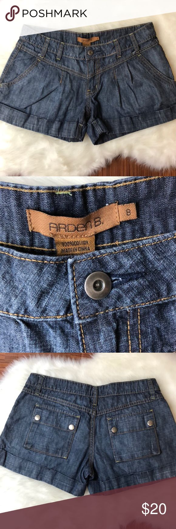 """ARDEN B. Dark Wash Denim Jeans Shorts Excellent used condition. Denim jeans dark wash 100% cotton shorts by Arden B. RN 787749 Note: some minor scuff on metal buttons on back (see photo).  Waist (across) 15""""  Inseam 3""""  Rise 7.5"""" No trades.  We are a smoke and pet-free home. Arden B Shorts Jean Shorts"""