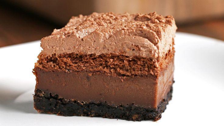 Four Layer Chocolate Cake Food Cakes, Cupcake Cakes, Sweet Recipes, Cake Recipes, Dessert Recipes, 4 Layer Cake Recipe, Chocolate Recipes, Chocolate Cake, Just Desserts