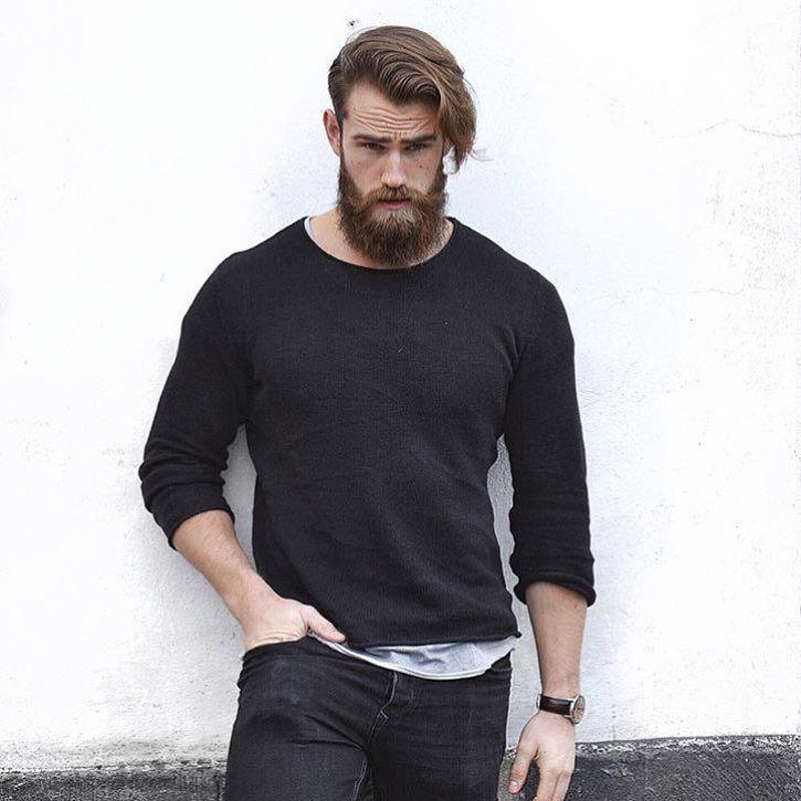 @robin_nohood hasn't been shortchanged in the beard department. http://ift.tt/1pTJjnr by thegroomedmanco