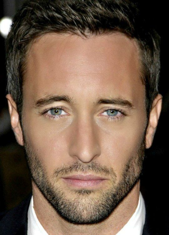 Alex O'Loughlin The perfect photo of those eyes, that face, the hair. Perfection. OMG I'm going to swoon! .