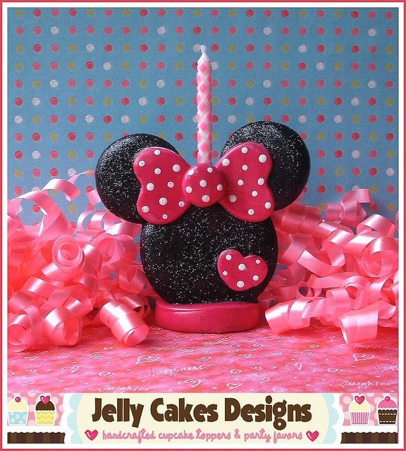 Miss Minnie Keepsake Cake Topper by Jelly Cakes, via Flickr