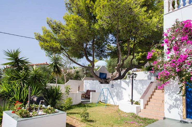 The fun never stops at Wavedance Accommodation! Discover our gardens now: http://buff.ly/2eqjdwd