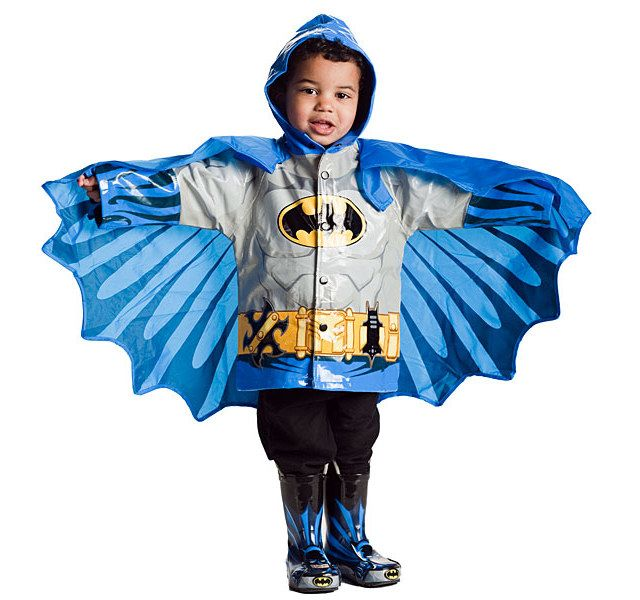 Batman & Superman raincoats: almost enough to make me want kids just so I can dress them in these.