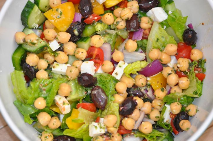Greek Salad  Clean and AMAZING! Recipe @ https://www.facebook.com/photo.php?fbid=629024010518750&set=a.585424158212069.1073741830.585066831581135&type=1&theater