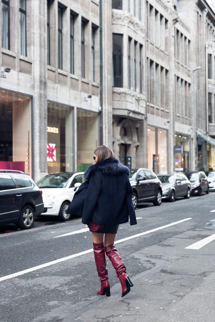 Layering :: Fake Fur Jacke über Jeansjacke & rote Slouch Boots | Véjà Du Modeblog aus Deutschland / Fashion Blog from Germany