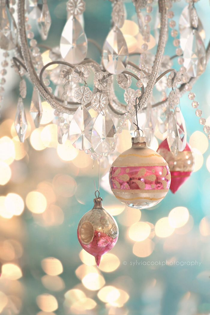 Pastel christmas vintage christmas pinterest for Pink christmas decorations