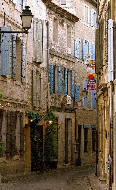 narrow street in Provence, France