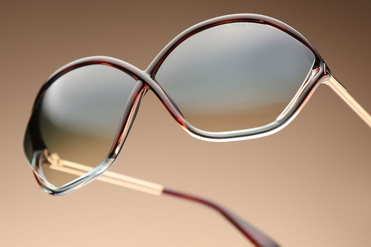 Cross the line in contemporary style with Tom Ford sunglasses
