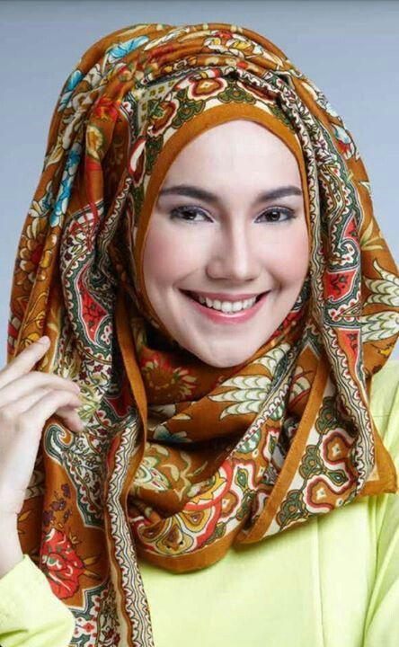 Head scarves  Pretty and beautiful ladies fashion Muslim muslimah in hijab.  Islam Alhamdulillah
