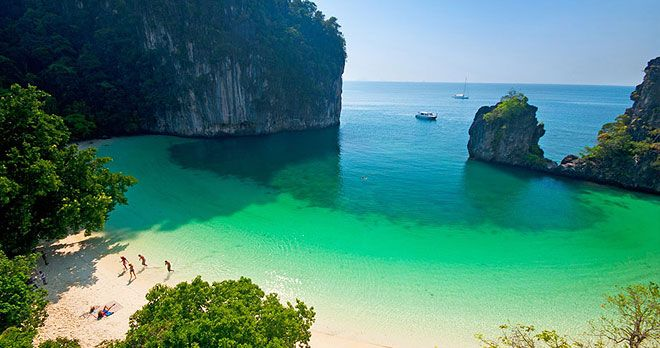 Hong Island Krabi Tour by Catamaran