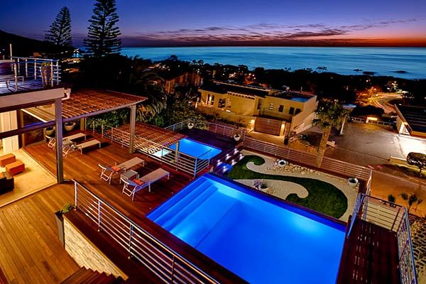 SEA VIEWS LUXURY - Holiday Accommodation in Camps Bay, Cape Town, South Africa