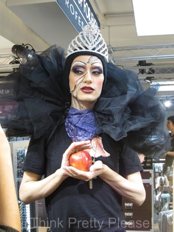 Grimilde - The Queen - by Ilaria, Make up Forever make up artist (from Milan)