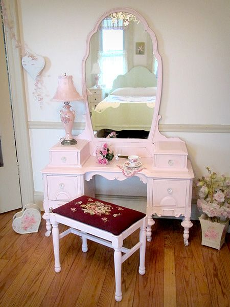 Beautiful Antique Pink Vanity.  You see these all the time in dark wood.  But a little paint makes such a huge difference.  Any girl would love it!