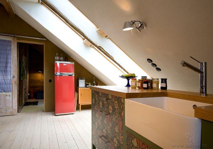 Naturalnie biała farba gliniana w kuchni http://www.dom-z-natury.pl/farba_gliniana_vega.html