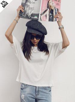 Today's Hot Pick :ポケット付きルーズ七分袖Tシャツ【iamyuri】 http://fashionstylep.com/SFSELFAA0002265/iamyuriijp/out 柔らかいコットン素材を使ったルーズTシャツです。 ベーシックなデザインでどんなアイテムともコーディネートがし易い 万能Tシャツです♪ 左胸に付けられたポケットがワンポイントに☆ 骨盤ラインが隠れる丈で使いやすいアイテムです!! ※アイボリーカラーは透ける可能性があります。