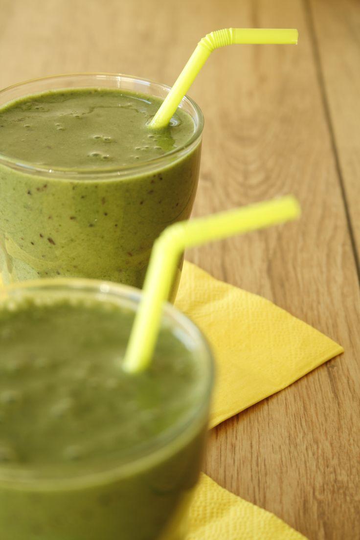 Kiwi-spinazie smoothie met limoen en munt - VeganChallenge