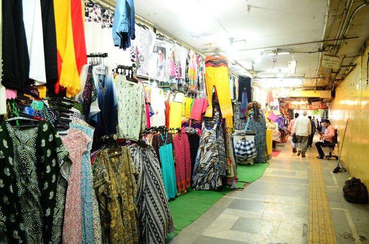 Janpath Market Delhi – Getting Trendy While Budget Shopping