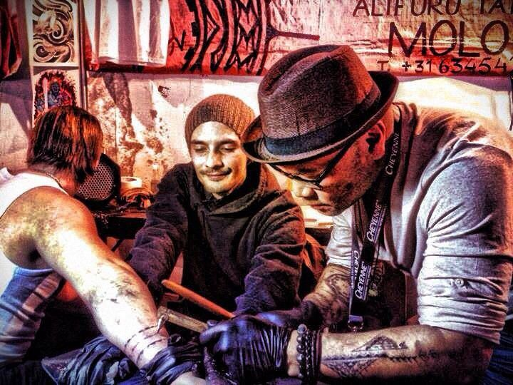 Gino and Joe Patty working at the Berlin tattoo convention 2013