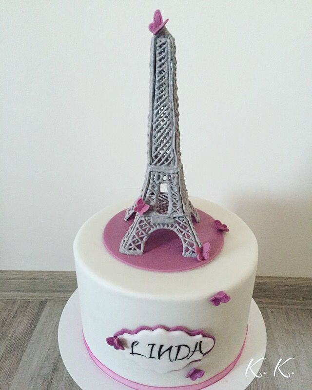 Eiffel tower royal icing cake