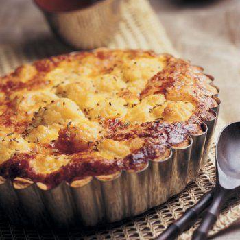 Tarte au chou-fleur et aux trois fromages - Cuisine et Vins de France.