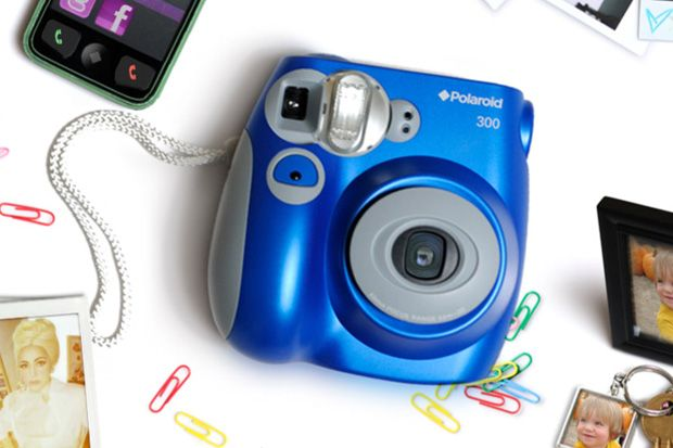 Sassy Steals Giveaway ~ Win a Polaroid 300 Camera!!!
