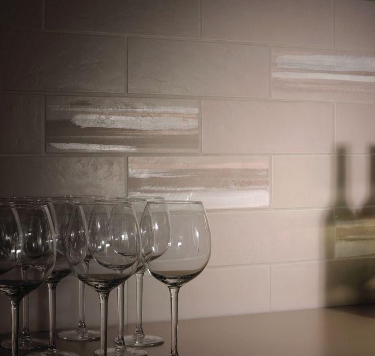 Rivestimento parete Bar realizzata con muretto a mattoncino 10x30 della nostra collezione Brit  http://www.supergres.com/your-home/rivestimenti/item/573-brit