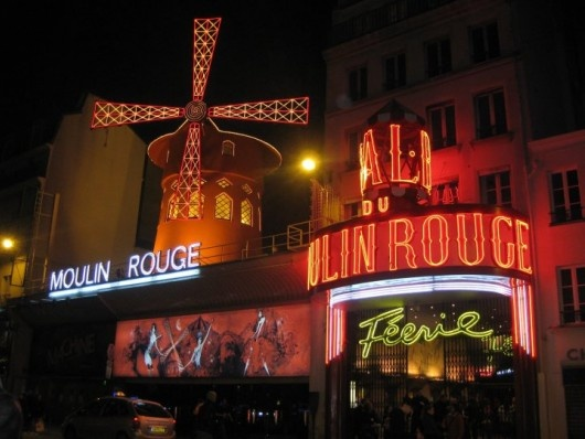 Molin Rouge - This is beautiful lit up.