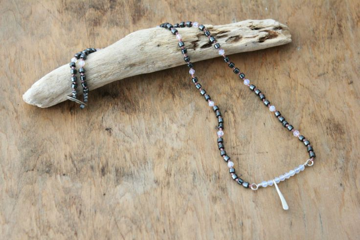 hand knotted necklace with hematite and agate beads
