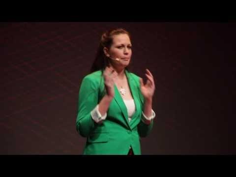 Hulladékmentes életmód | Edina Kump | TEDxYouth@Budapest - YouTube