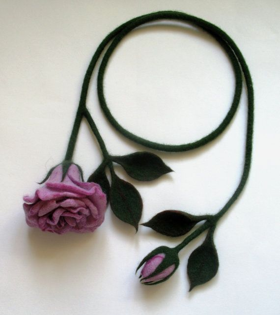 felt necklace lilac rose