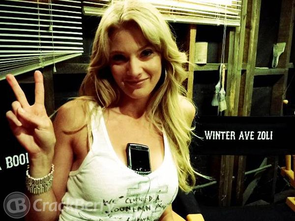BlackBerry-addicted Sons of Anarchy star, Winter Ave Zoli