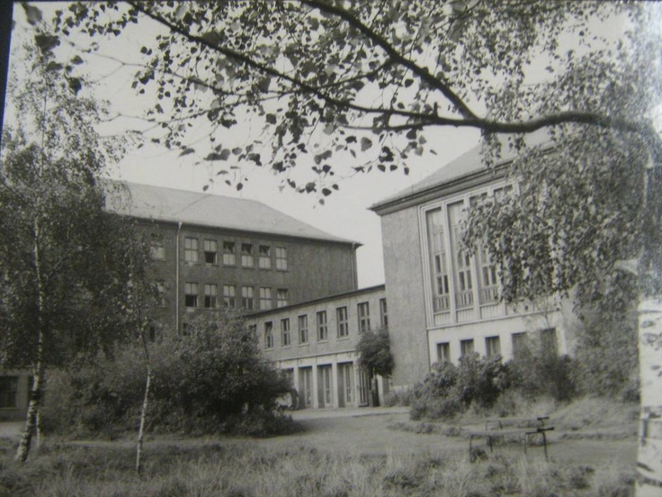 Schulneubau in Leipzig, 1957.