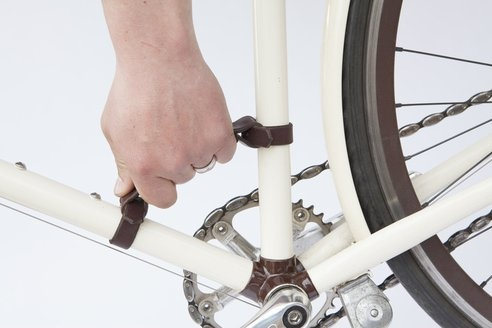 I actually have one of these, and I love it. - Clever Bike Handle Makes Going up Stairs Easy : TreeHugger