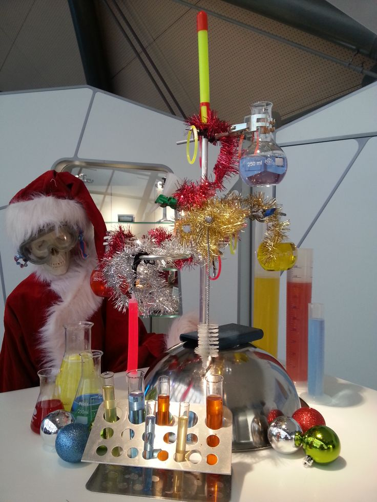 """Altogether now, """"O #chemistree, O chemistree, How lovely are your 3-pronged clamps""""...  Christmas sorted: http://www.glasgowsciencecentre.org/whats-on/christmas.html"""