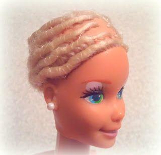 Mi casita de muñecas: Como reparar una Barbie con el pelo cortado