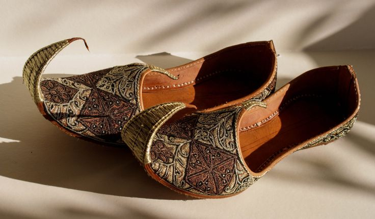 Indian Curled Toe Shoes