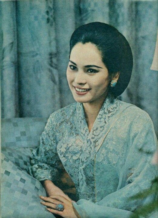 Dewi Soekarno